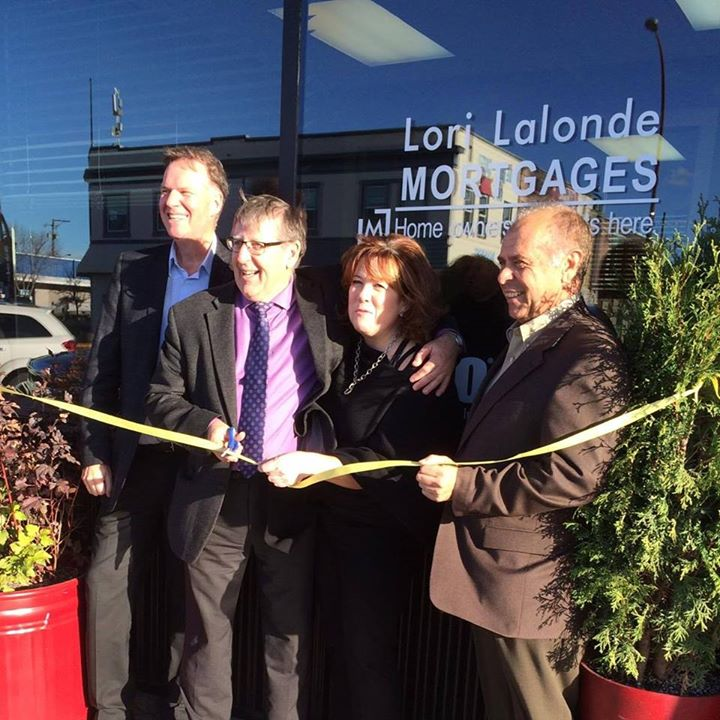 Your Northern BC Mortgage Broker Lori Lalonde opens her new storefront in downtown Dawson Creek.